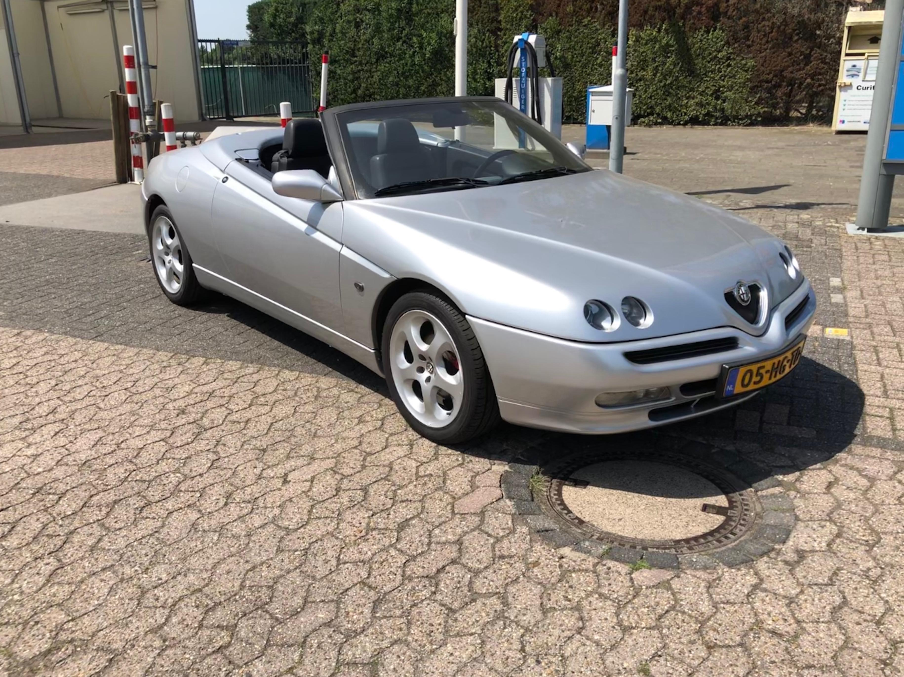 Alfa Romeo 916 Spider 2.0 16v (VERKOCHT)